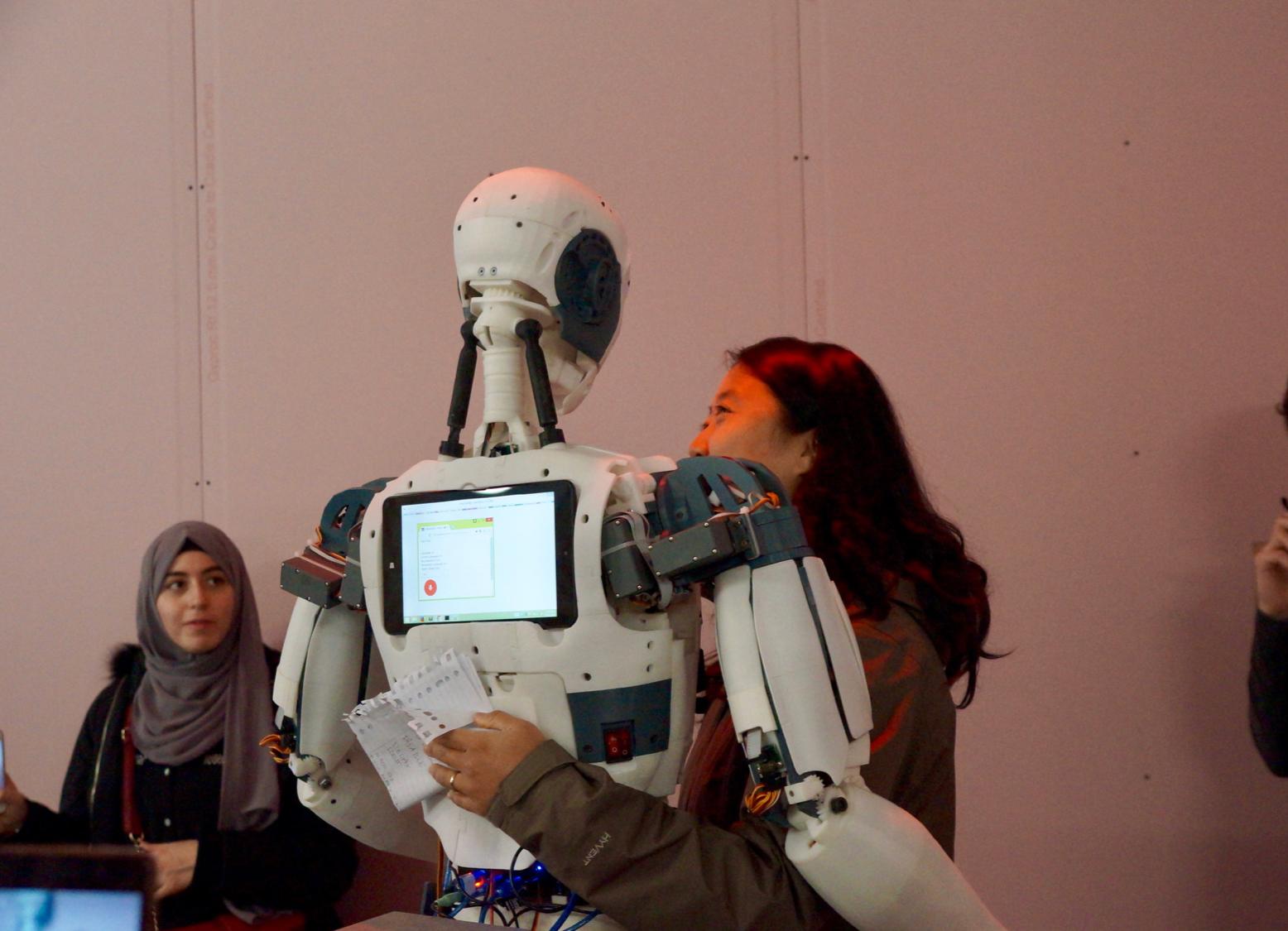 robot-love-amassade-vd